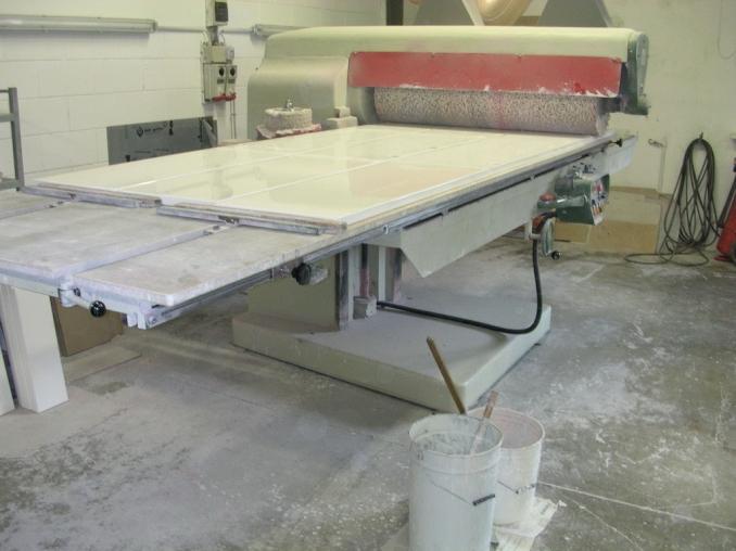Fratelli ponti laccatura e lucidatura di legno per mobili for Laccatura mobili